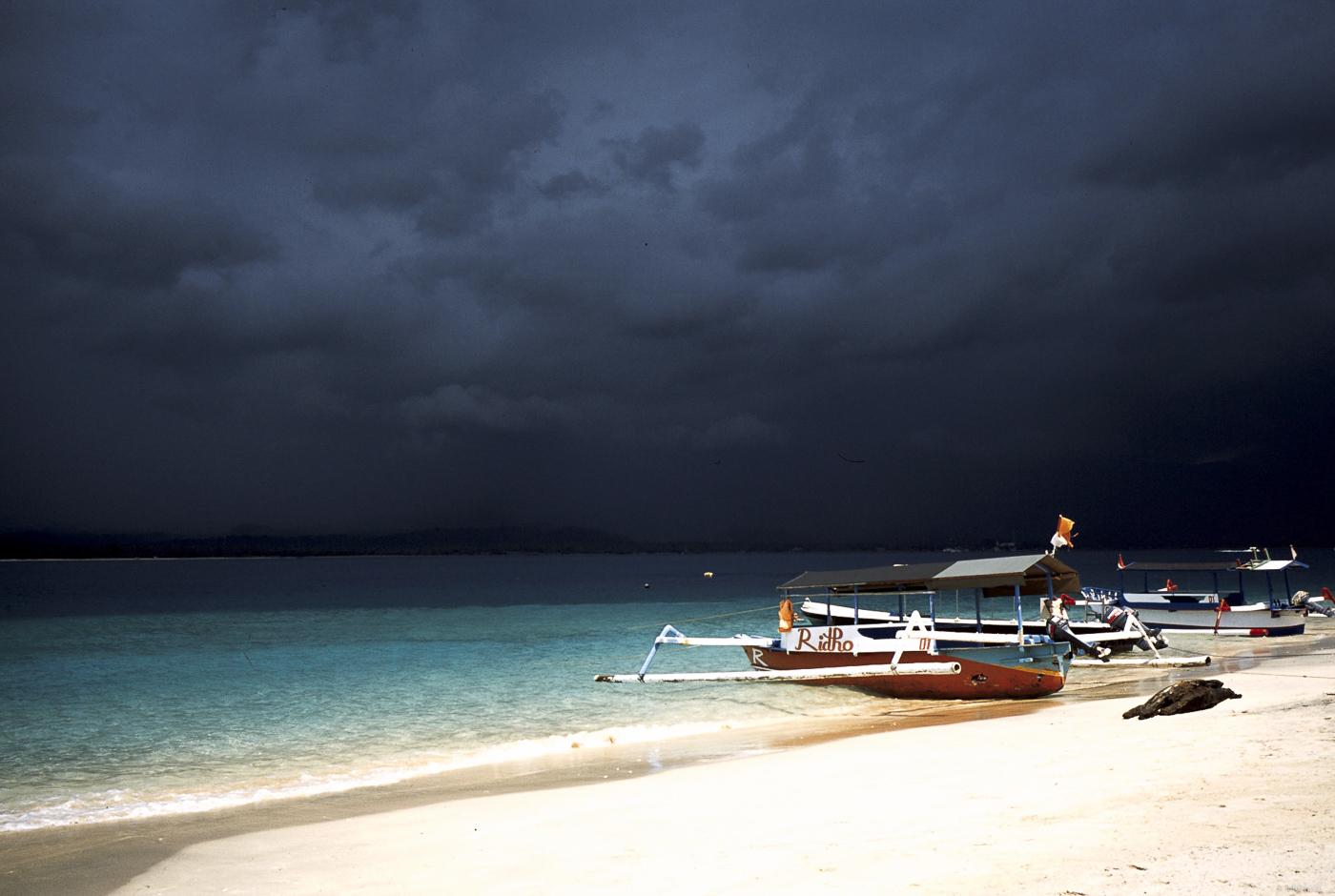 Art 51 Lombok37