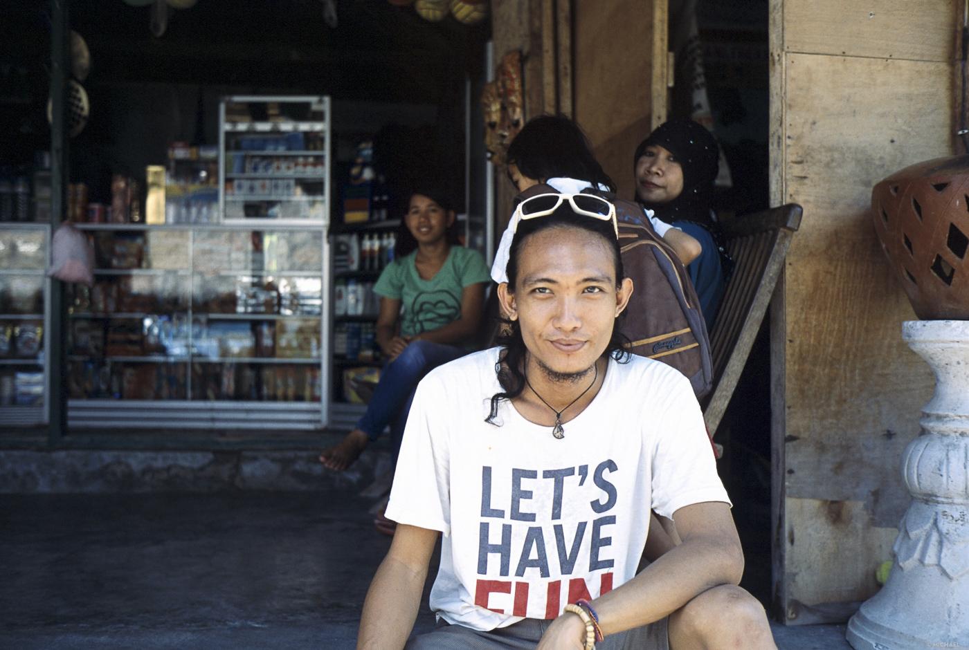 Art 51 Lombok43